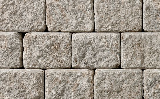 Ortana Plus Desert Wall by Oaks Landscape Products. Ortana Plus can be easily converted for designs that feature double-sided walls, seat walls and driveway borders. This durable product offers limitless applications as timeless as they are appealing.