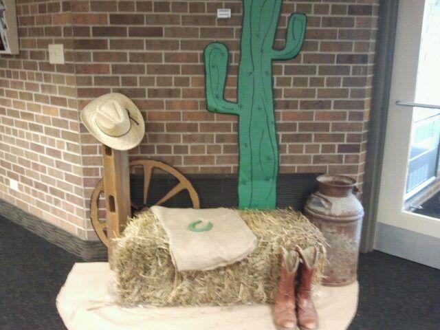 Hay Bales Cardboard Wagon Wheels Amp Paper Cactus