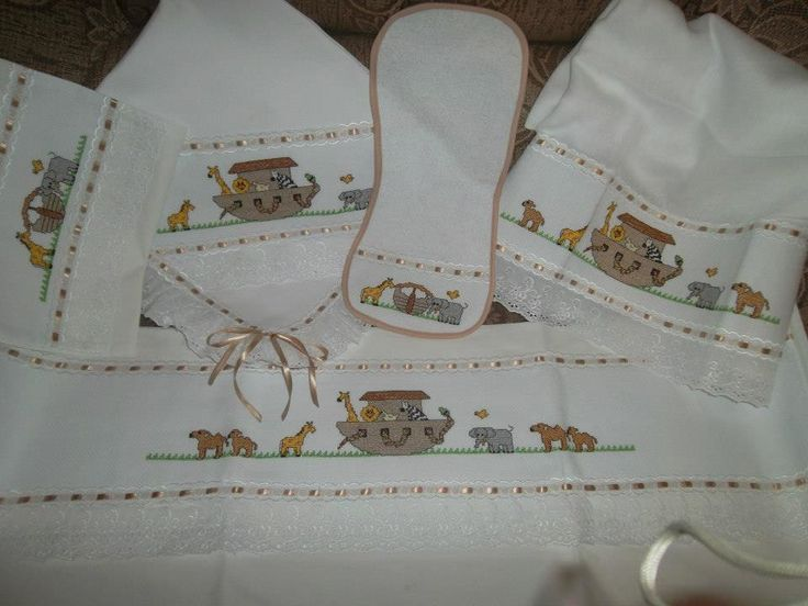 Enxoval+de+bebê+bordado+em+ponto+cruz+com+acabamento+em+bordado+inglês+conten