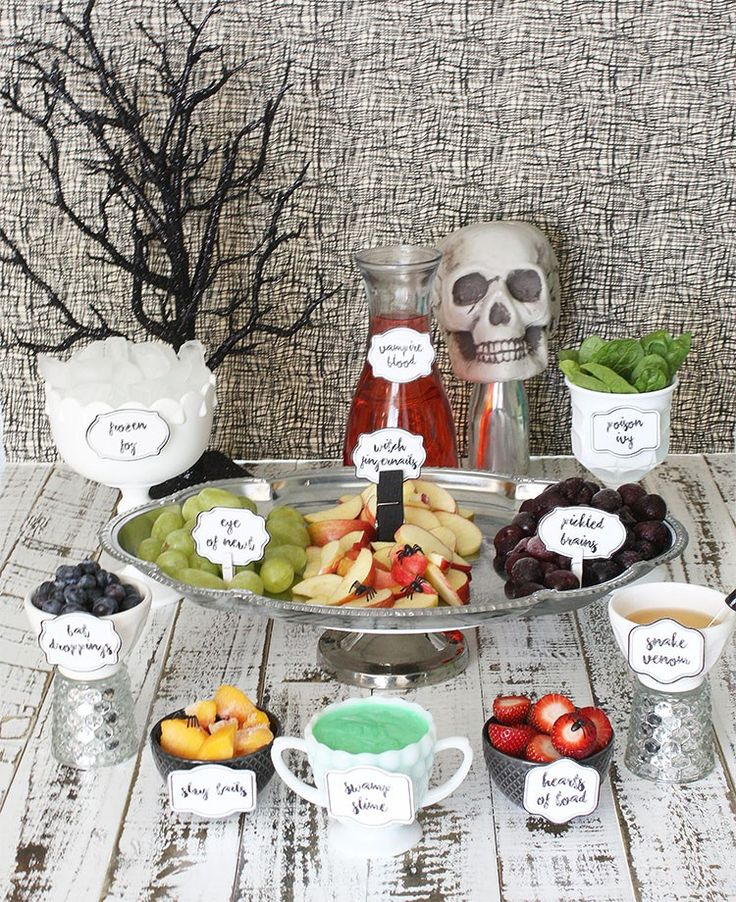 Spooky Halloween Smoothie Bar