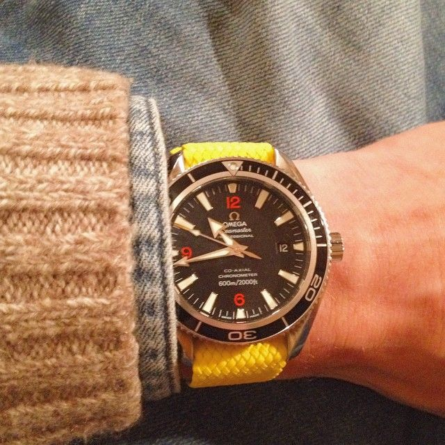 Yellow Perlon Strap on Omega Seamaster from our mate Arnaud from France! Thanks for you support!