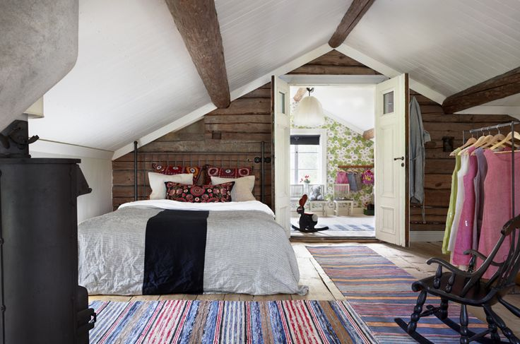 a gorgeous room for guests!: Design Room, Attic Bedrooms, Contemporary Interiors Design, Scandinavian Interiors, Home Interiors Design, Scandinavian Houses, Master Bedrooms, Houses Design, Modern Design