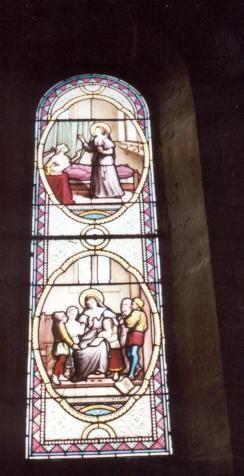 jeanne franqoise Frément de Chantal - ca 1900 (?). Glasschilderkunst Frankrijk, Bourgondië, Monthelon (bij Chantal), kerk Beneden: Zij geeft kinderen godsdienstles Boven: Zij verzorgt een melaatse en houdt hem tegen.