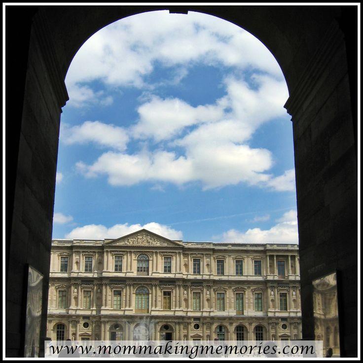 Beautiful buildings in Paris. www.mommakingmemories.com