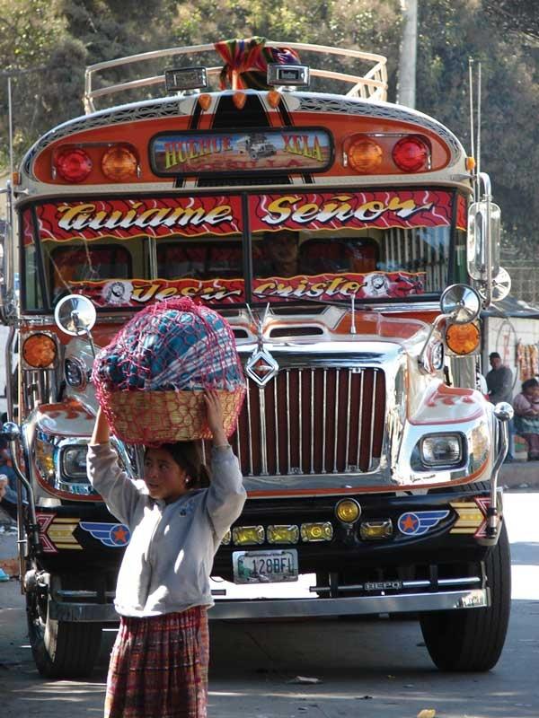 Xela (Quetzaltenango) bus, Guatemala - by Jorge Mario García