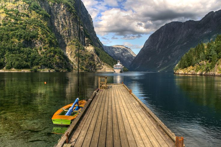 Norway fjords.: Buckets Lists, Enjoy Outdoor, Beautiful Norway, Beautiful Places, Beautiful Landscapes, Happy Places, Espen Faugstad, Fjords, Travel