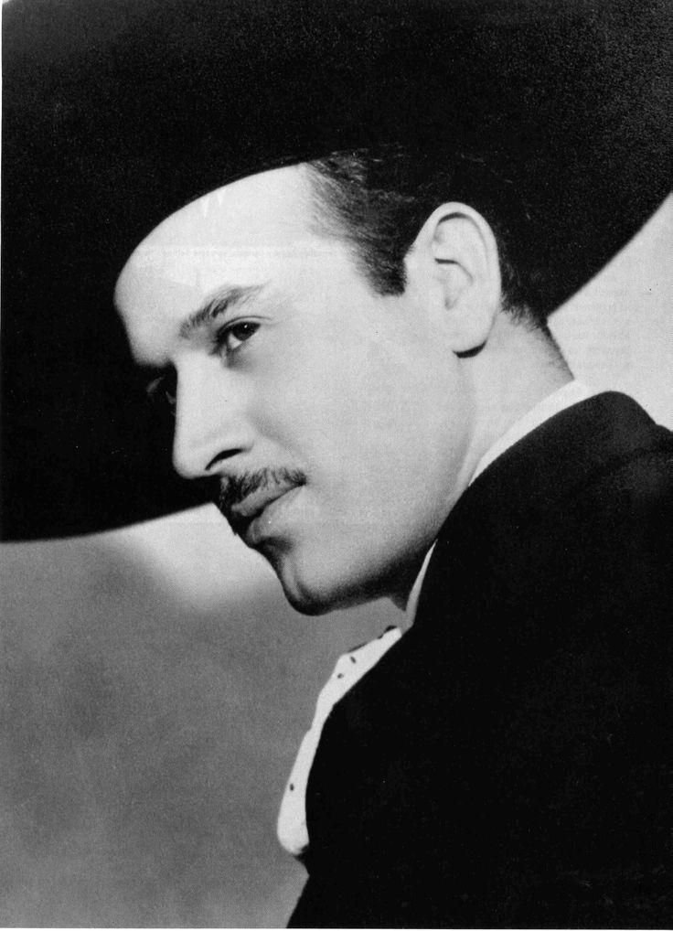 #PEDRO INFANTE  (Mazatlán, Sinaloa, 18 de noviembre de 1917 - Mérida, Yucatán, 15 de abril de 1957)