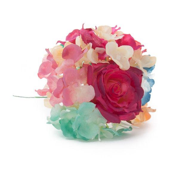 Ramillete de hortensias en distintos tonos y rosa buganvilla.