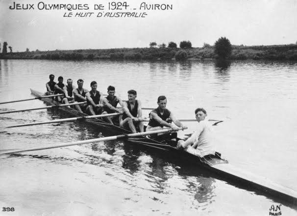 Murray Bridge rowing crew at the Paris Olympics. 1924.