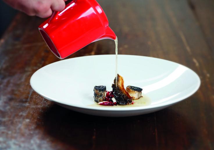 """""""Anguilla e radicchio con brodo di miso d'orzo"""" dello chef Dario Picchiotti dell'Antica Trattoria Sacerno di Bologna  #lamadia #lamadiatravelfood #food"""