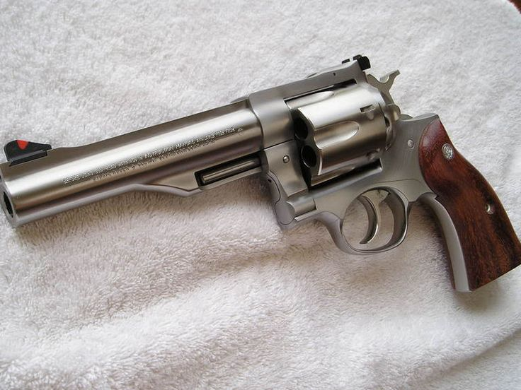 Ruger Redhawk .44 Magnum, prefer it to blued to stainless but...