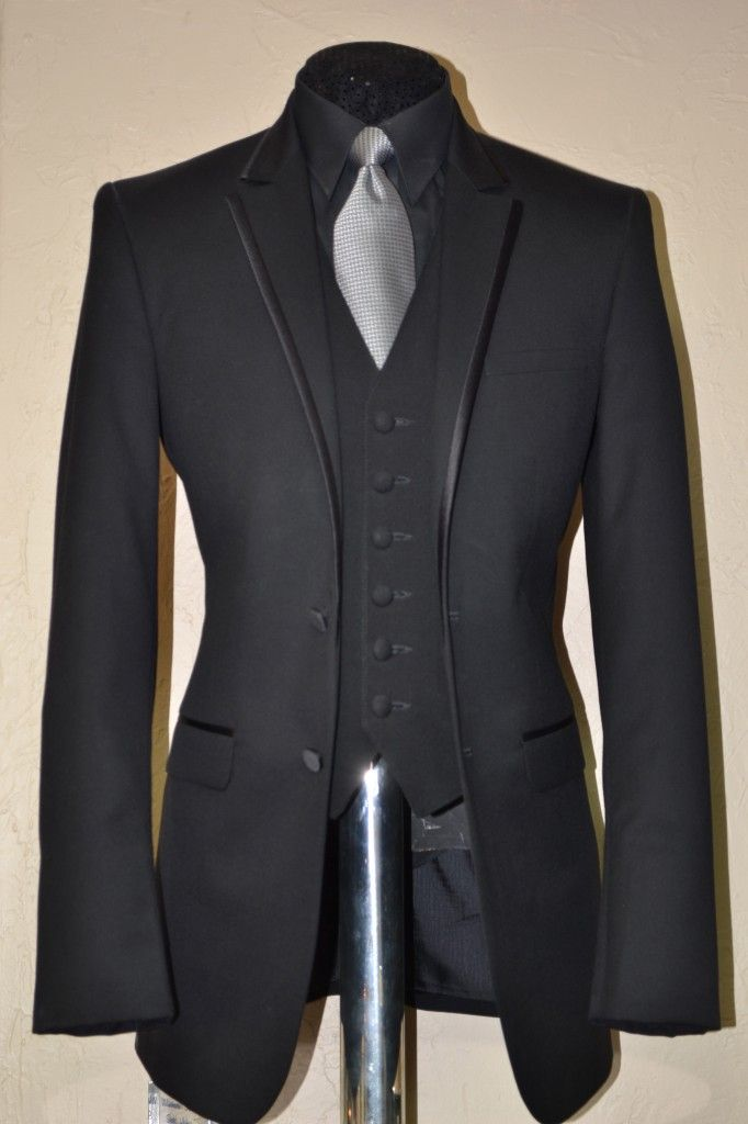 black tux with silver vest and tie - Google Search ...