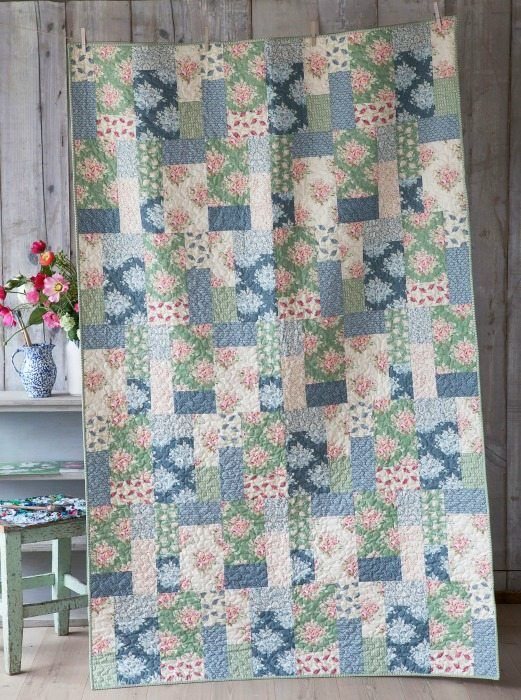 "Tilda - Painting Flowers Quilt Kit - 80.5"" x 51"""