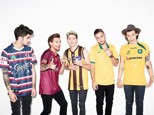"""""""@Sony Music Australia: JUST ANNOUNCED: @jeanette lee's #OnTheRoadAgainTour is coming February 2015! Tickets go on sale May 31 2015 at 4pm!"""" So hold up.... are they announcing the NEXT tour when this one has barely started?????"""