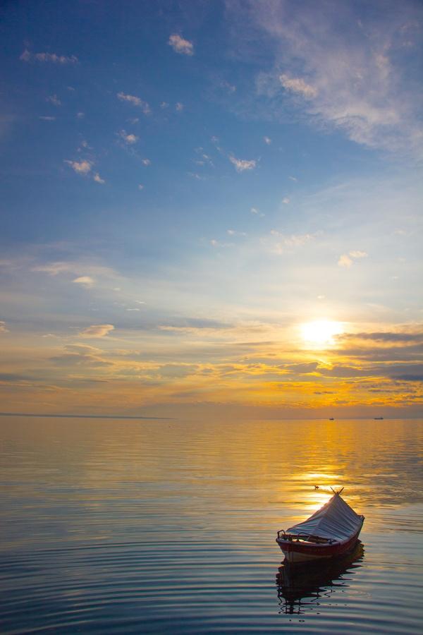 Sunset boat, Thessaloniki, Greece