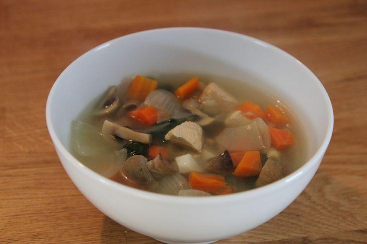 Soupe détox au Poulet et Légumes