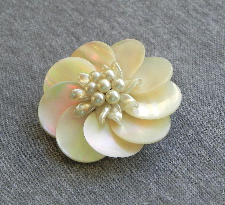 Купить Антикварная брошь Жемчужный цветок,Франция,жемчуг,цветы,винтаж,подарок - винтажные украшения