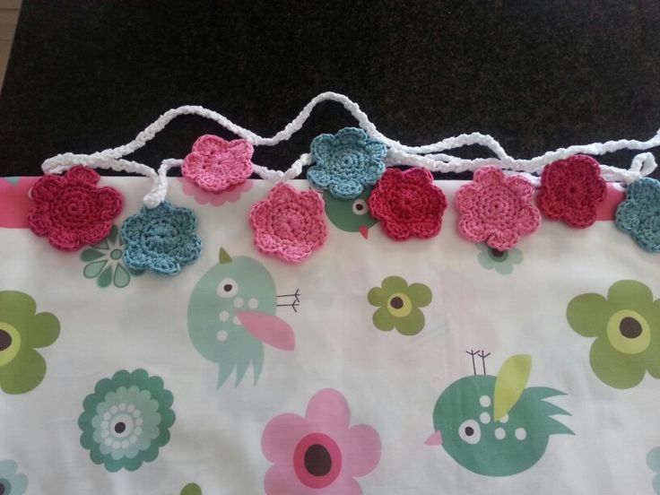 Flowerbunting to match material for baby room