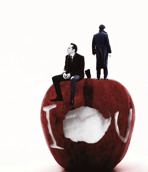 Jim Moriarty & Sherlock what was IOU