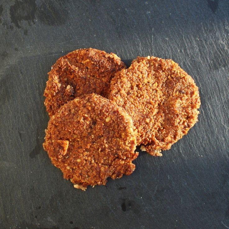 Haselnuss-Dattel-Cookies