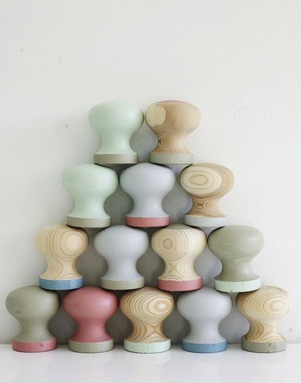 painted dresser knobs, DIY, paint, wood cabinet knobs, easy DIY