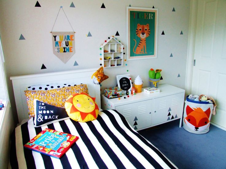 Fresh, Modern Big Boy Room - love the triangle decal wall accents + fun pops of color! #kidsroom: Colors Boys, Industrial Cabinets, Decals Wall, Projects Junior, Kids Spaces, Boy Rooms, Projects Nurseries, Big Boys Rooms, Kids Rooms