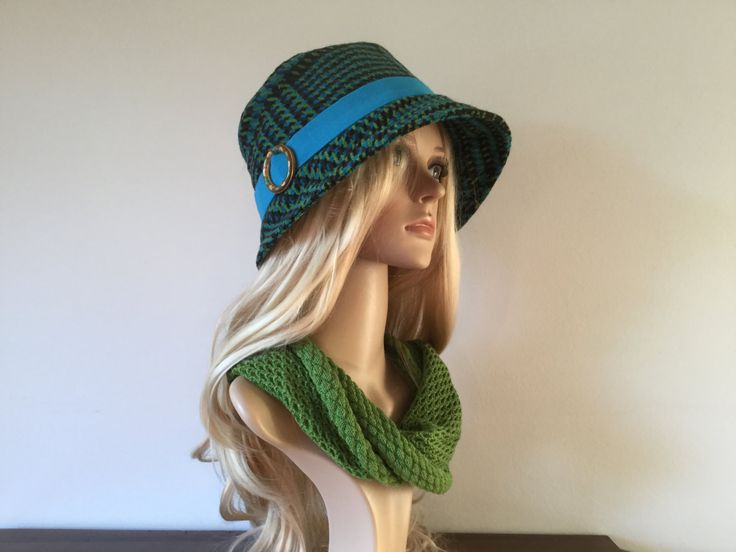 Multicoloured 1920s inspired cloche hat, size 58 to 60 cm - pinned by pin4etsy.com