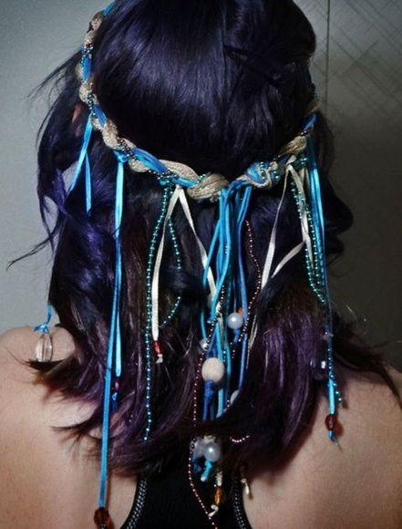 Headband de Fitas e Cordões de Pérolas                                                                                                                                                                                 Mais