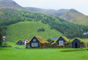 5 reasons to go on an icelandic adventure