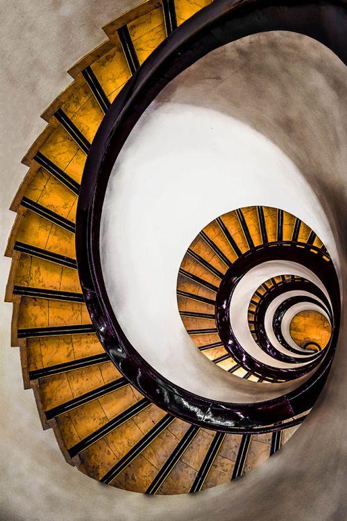 2seeitall:Stockmann Spirals, Helsinki