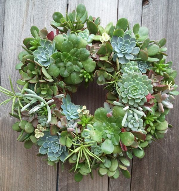 Wreath - I've seen her work in person and it's gorgeous!
