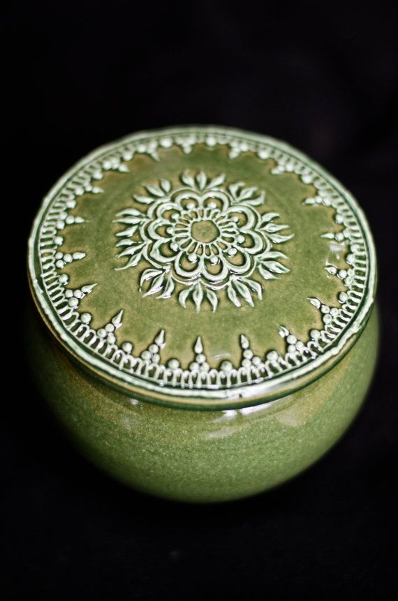 I'm in love with this henna-style pottery by Maple Mehndi. Very inspiring. York Hill Pottery by YorkHillPottery on Etsy