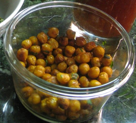 Sriracha, Cilantro and Lime Roasted Chickpeas