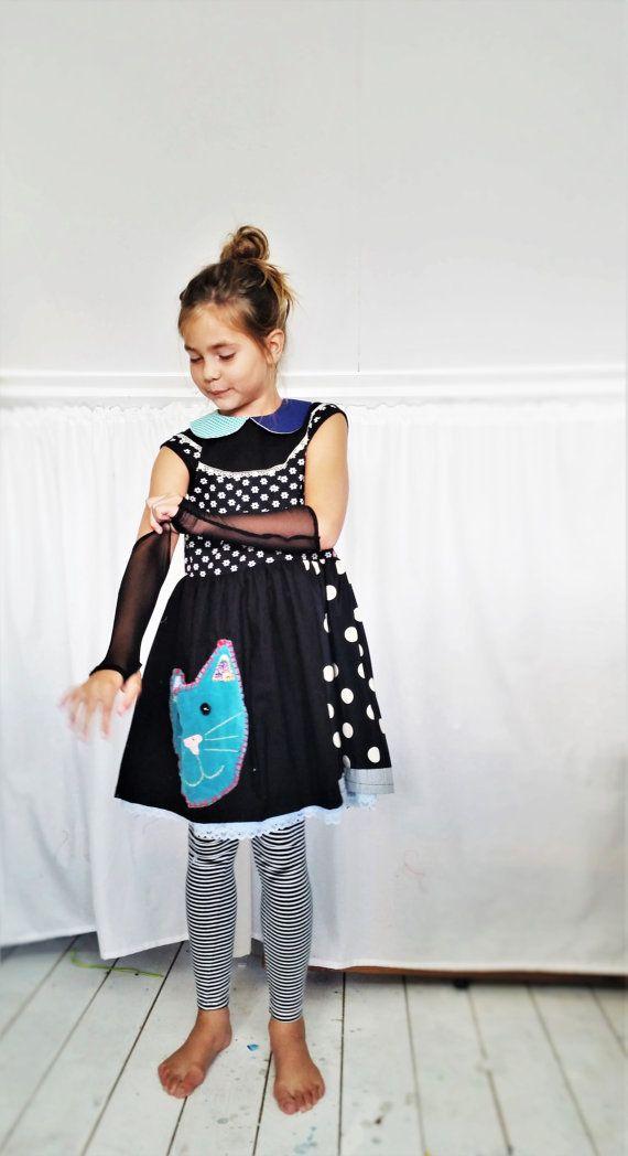 Girls Dress, Girls dress size 9, Girls Dress size 10, Dress Black White, Unique girls dress,  Girls Cat Dress, Cat Dress,  Cute Dress https://www.etsy.com/shop/MevrouwHartman  http://www.mevrouwhartman.nl/