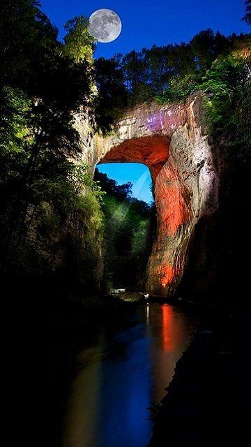 Natural Bridge, Blue Ridge Mountains, Virginia, U.S (by kettyschott on Flickr)*