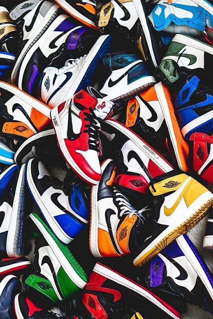 Air Jordan 1 Decouvrez L Histoire Du Modele Jordan Shoes Wallpaper Sneakers Wallpaper Shoes Wallpaper