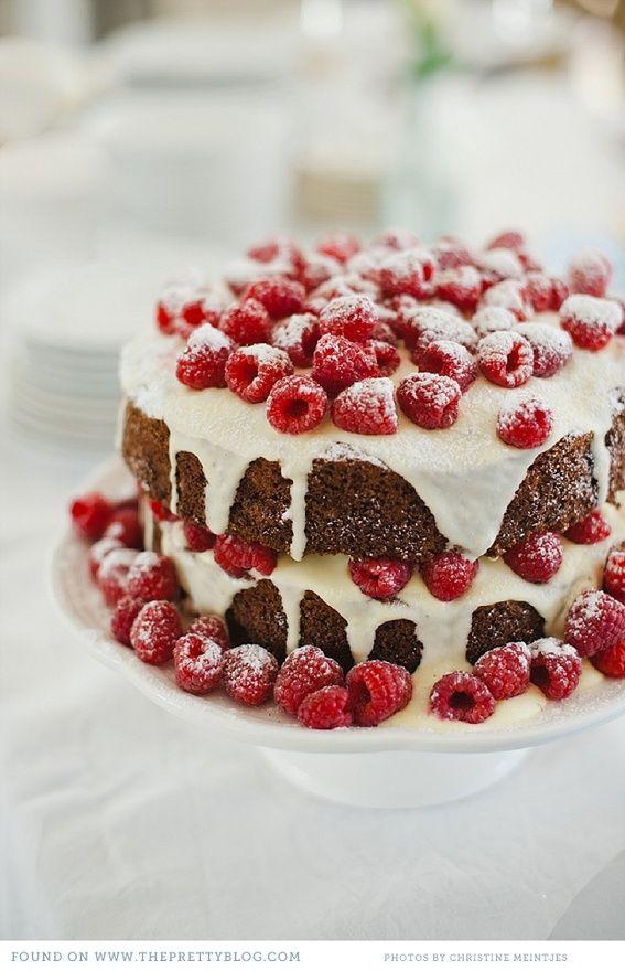 Hummingbird Celebration Cake