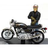 Moto Norton Commando et figurine Joe Bar Team Miniature 1/18 fabriqué par Solido