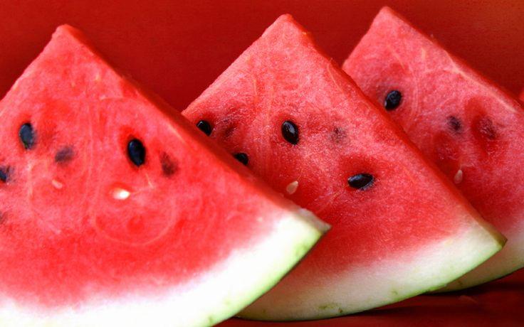 Арбузы обожают все. Красные, сладкие и сочные плоды, от которых появляется водный булькающий живот и желание поспать. Эта…