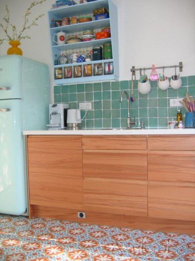 :s   Cementtiles kitchen - Amarillo 01 - Zellige turquoise - Project van Designtegels.nl
