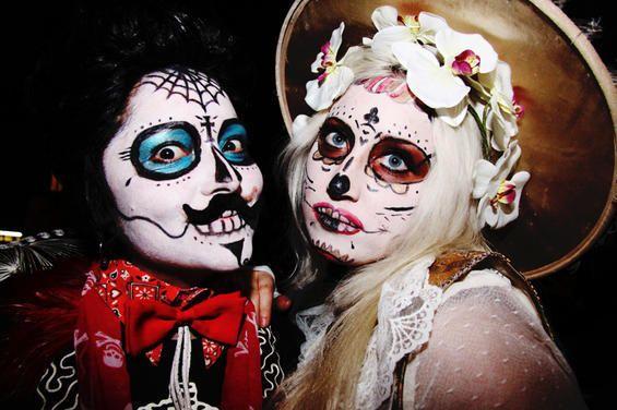 muertos couple 2
