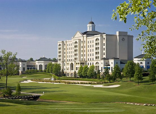 Such a gorgeous hotel in Charlotte, The Ballantyne Hotel & Lodge, The Ballantyne, Charlotte North Carolina, Ballantyne Resort, Spa Resort, Golf Resort, NC Resort