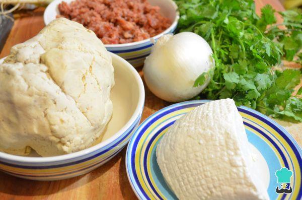 Aprende a preparar gorditas mexicanas con esta rica y fácil receta. Si disfrutas de los tacos, tamales, tortillas y demás productos derivados del maíz, no puedes...