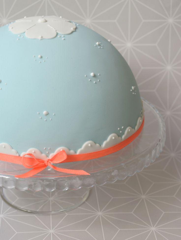 #cake #neon #geometric design  #weddingcake #birthdaycake #boltaart #verjaardagstaart #bruidstaart  www.facebook.com/bakedbyisabelle www.bakedbyisabelle.com