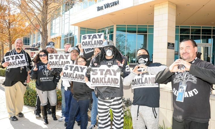 Oakland Raiders trademark 'Las Vegas Raiders' = Oakland Raiders fans hoping the team doesn't move in the near future may not be thrilled to hear it, but the team has filed for a trademark to reserve the 'Las Vegas Raiders' name.  That doesn't mean they'll move. It's just an.....