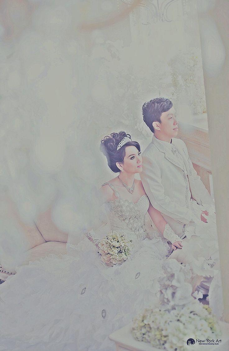 Location NewYorkArt Indoor Studio, Medan, North Sumatra, Indonesia Photo by New York Art Team | MEDAN, INDONESIA-New York Art International Wedding Studio
