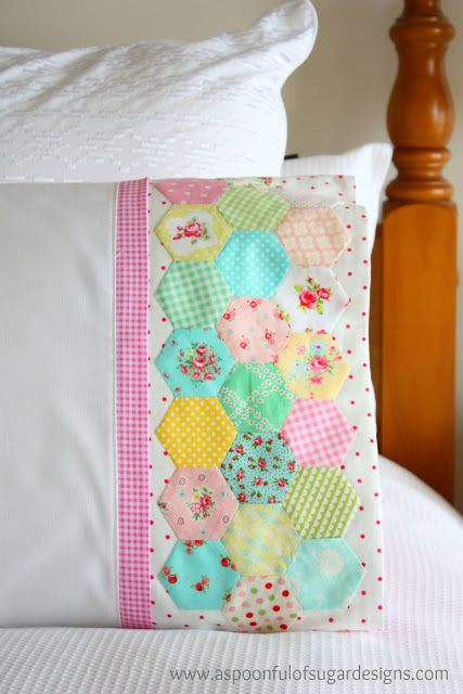 Hexie Pillowcase | A Spoonful of Sugar - Precious! Love the vintage feel of this!