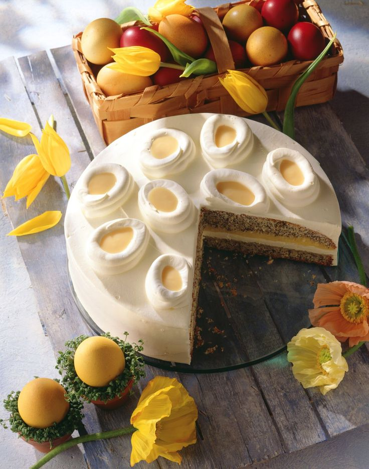 Eierlikör-Mohntorte - smarter - Kalorien: 421 Kcal - Zeit: 1 Std. 10 Min. | eatsmarter.de