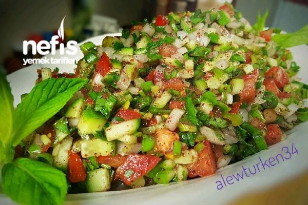 5 Dk'da Nefis Kebapçı Salatası