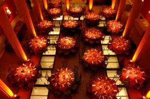 Autumn Wedding Gallery - Pink Frosting Wedding Ideas http://www.pinkfrosting.com.au/article/autumn-wedding-gallery